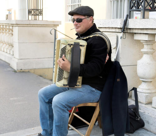 Lyon Street accordianist andrea