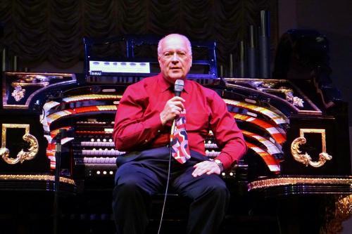 Henley Restaurant Organist